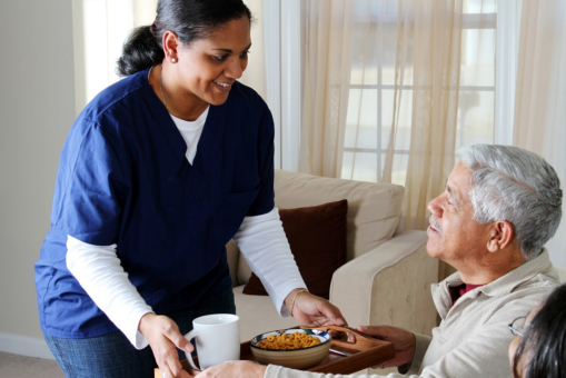 Making Mealtimes Easier for Patients with Alzheimer's